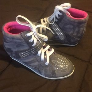 Justice high top sneakers. Never worn